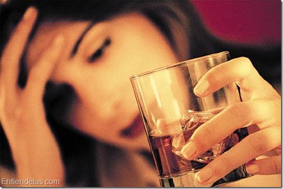 alcoholismo_en_la_mujer.jpg