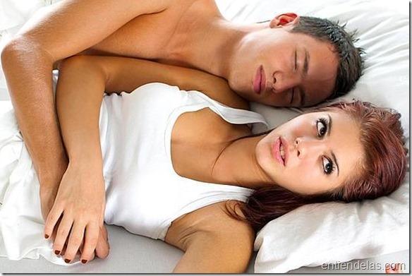 Razones por las que la mujer finge un orgasmo