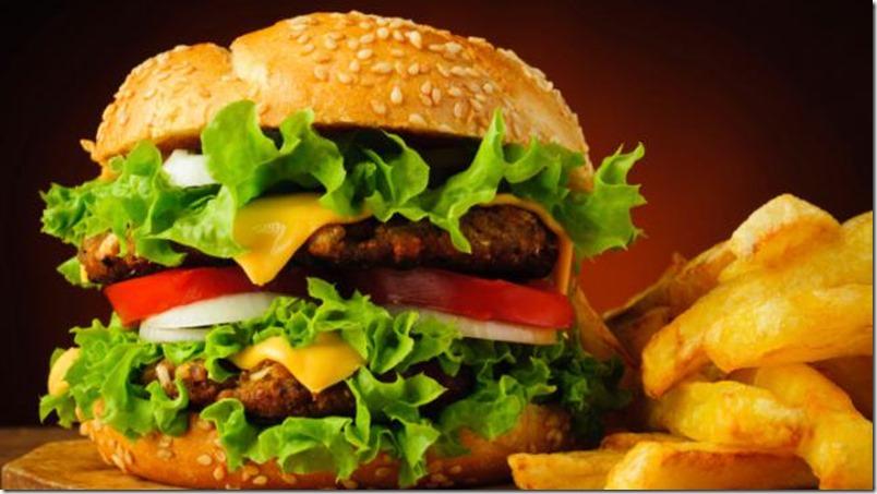 Mira-todo-lo-que-sucede-en-tu-cuerpo-luego-de-comer-una-hamburguesa-de-Mc-Donalds-01
