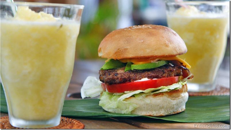 hamburguesa-queso-aguacate