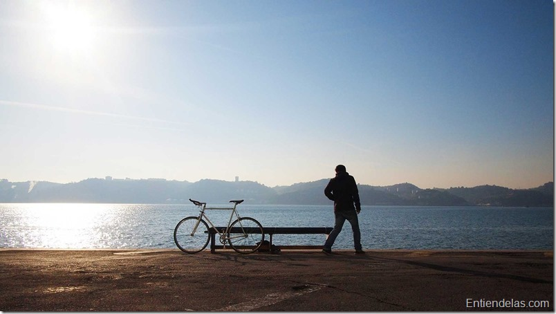 hombre-soledad-bicicleta-tiempo-libre